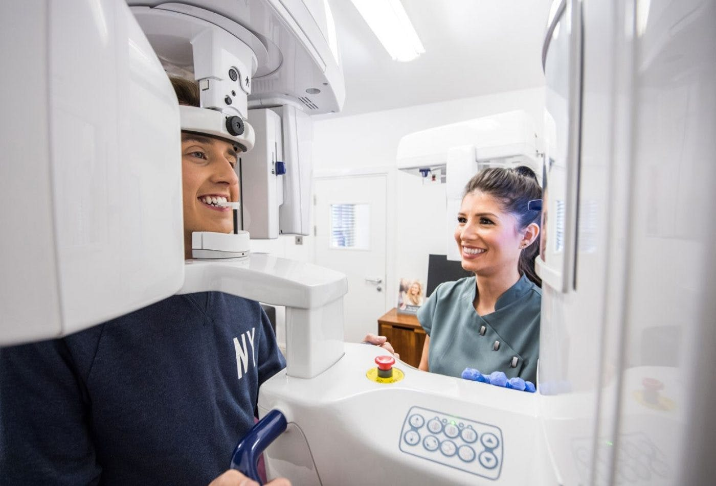 Dental Implants Ct Scanner Pittville Lawn Dental Implant Clinic