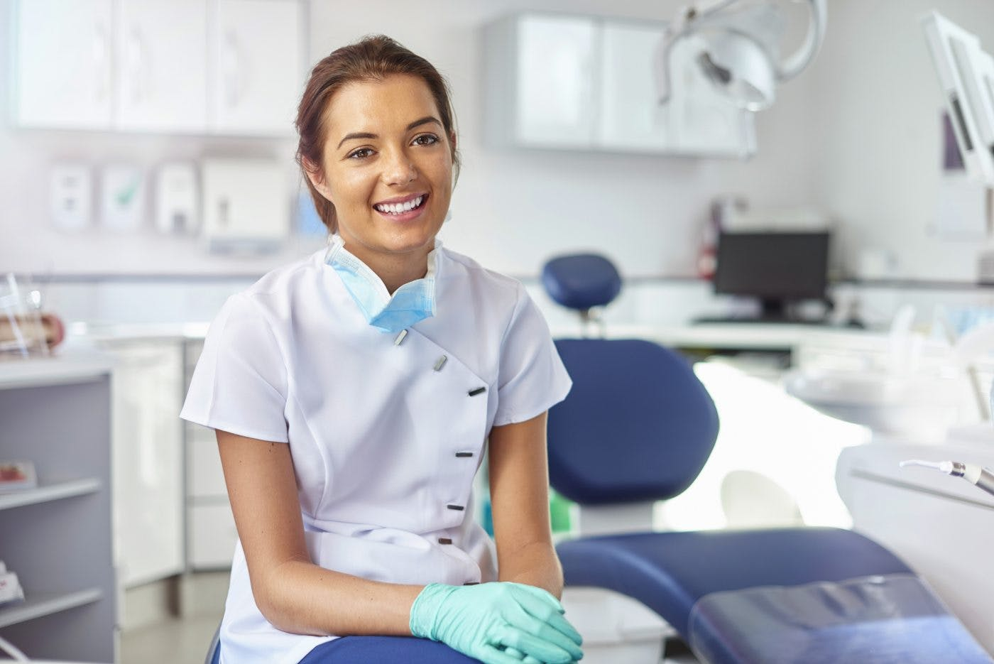 Female Dental Nurse In Surgery I Stock 506710434